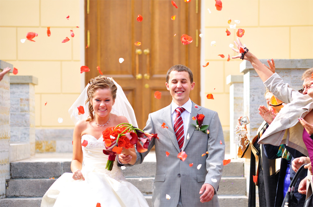 Everything Newlyweds Should Know about Coupling Finances 2